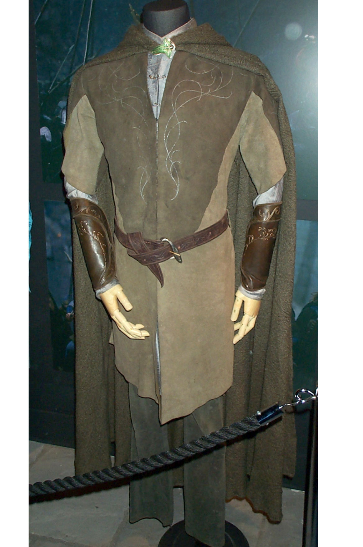 legolas legging outfits and cloaks on pinterest