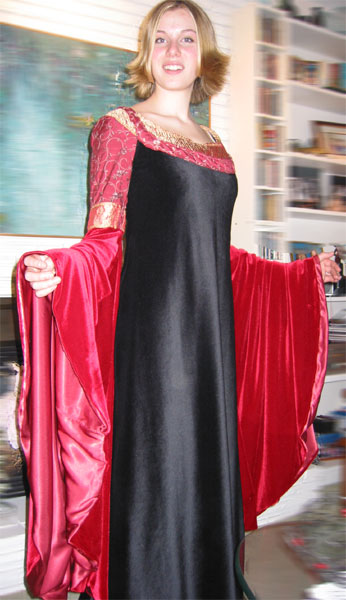 Arwen's Blood Red Gown by Jen G.